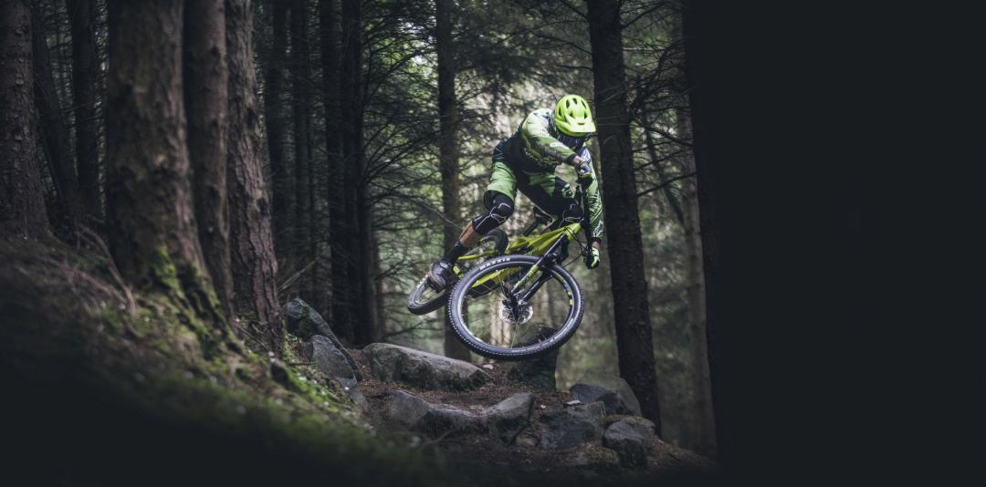 e3d7c2b73 Vyrábí: horská kola v kategoriích gravity/enduro/trail/XC, silniční kola v  kategoriích adventure-gravel/All season-endurance bike, cestovní kola v ...